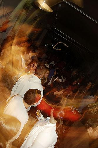 Noite de sábado, com a banda cambuquirense Jukebox